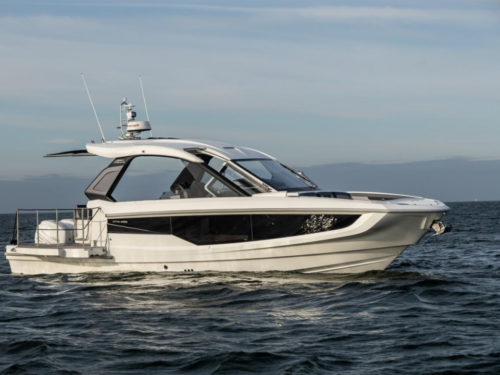 Galeon 325 GTO yacht tour: Inside an ultra-luxurious £350k outboard sportsboat