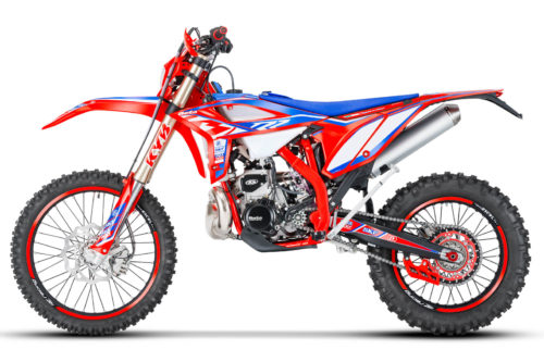 2022 Beta RR Race Edition 2-Strokes First Look (6 Fast Facts)