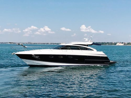 Princess V52 yacht tour: Is this sportscruiser the ultimate two-cabin boat?