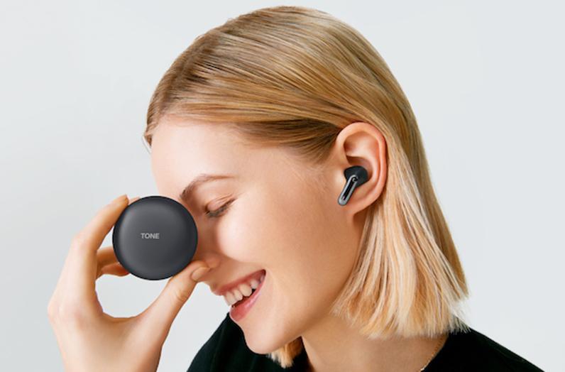 LG TONE Free FP9 wireless earbuds