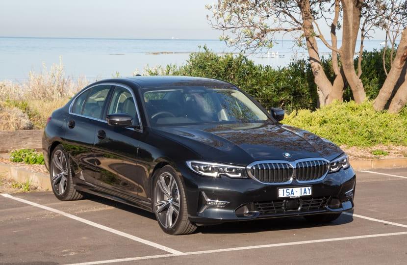 2021 BMW 330i Luxury Line