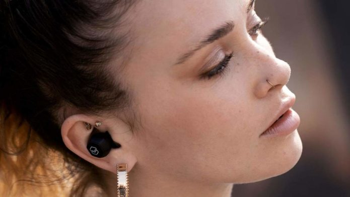 V-Moda Hexamove Lite earbuds