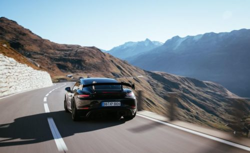 Porsche Cayman GT4 RS Looks Hard-Core in First Official Photos